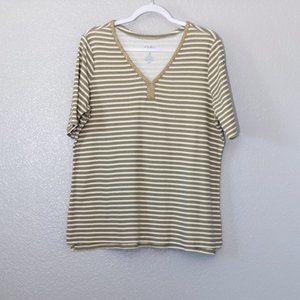 Croft and Barrow Top for Women Size XL AA 01008